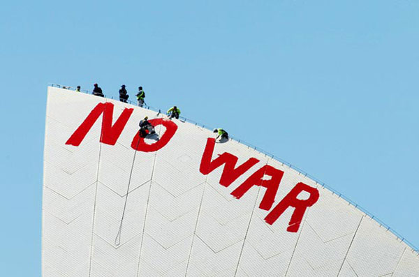 no war grafftti removal on the Sydney Opera House